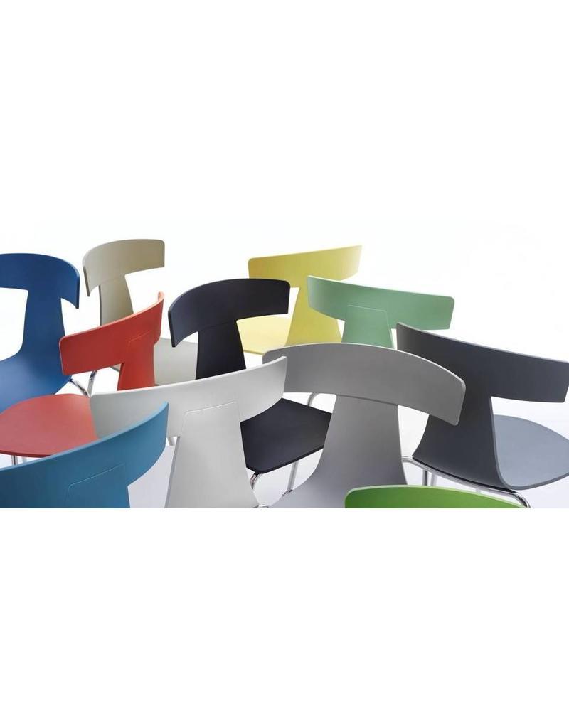 Plank Plank Remo stoel plastic stapelbaar