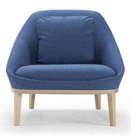 Lekkere Luie Leren Fauteuil.Offecct Ezy Wood Sofa Design Online Meubels