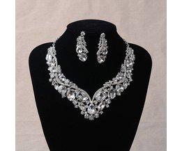 Damesmode Koreaanse Europese Stijl Bruiloft Sieraden Oorbellen Geometrische Crystal Ketting Set voor Bruiden Bruids Sieraden Sets <br />  MyXL