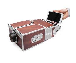 Smartphone Projector van Karton Tweede Generatie