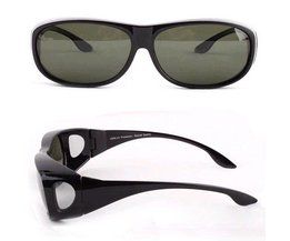 Zonnebrillen In het Zwart, Rood of Wit