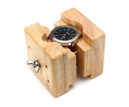 Horlogekasthouder van Hout