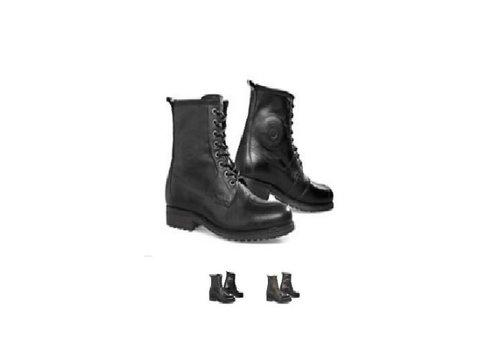 Revit Rodeo Shoes