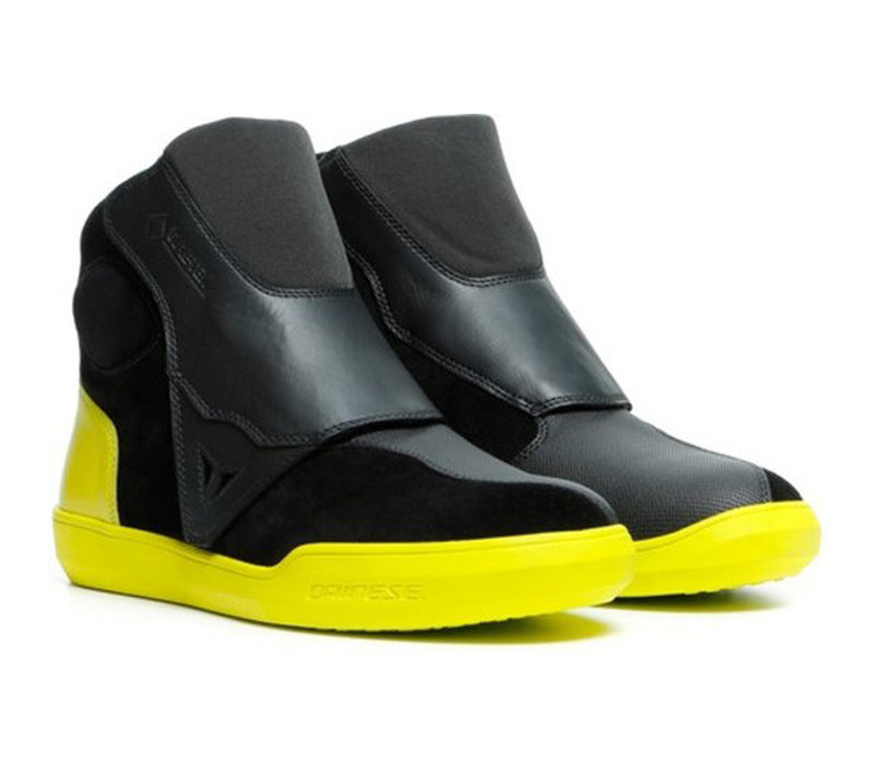 Buy Dainese Dover Gore-Tex Black Fluo Yellow Shoes? 5% Champion Cashback on your Order Value!
