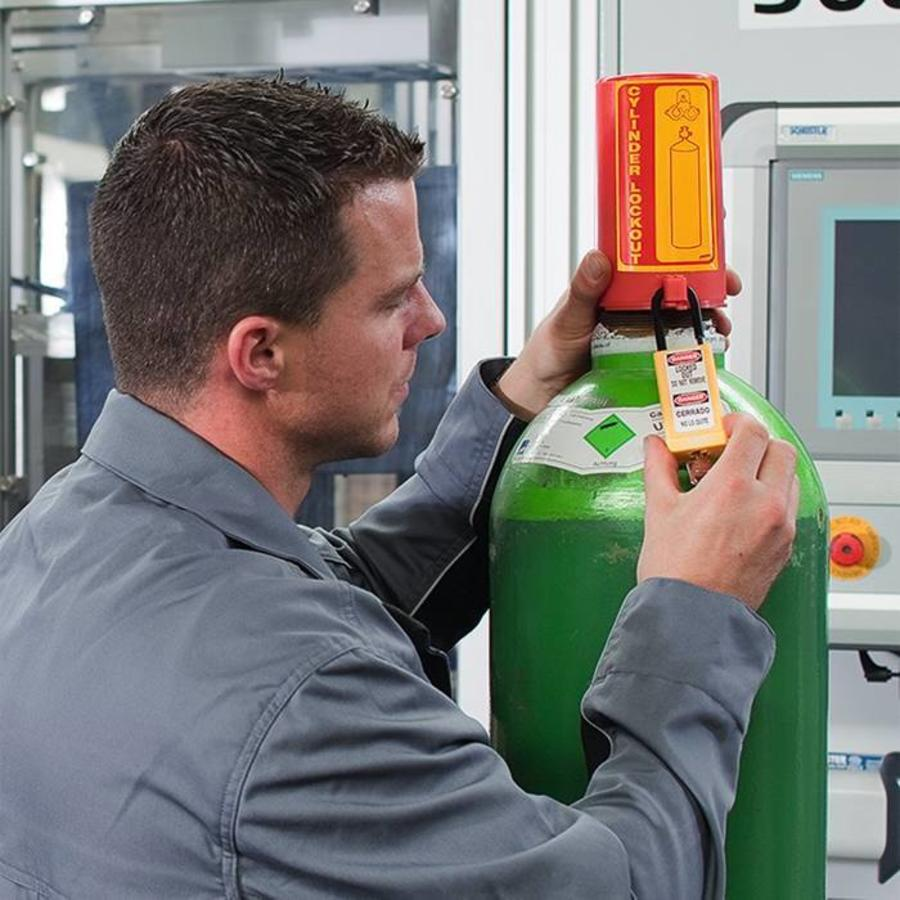 Gas cylinder lockout 00449