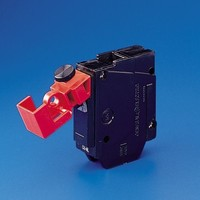 No-hole circuit breaker lockout E211