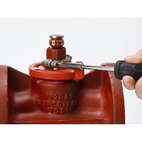 Plug valve lock-out 113231-113234