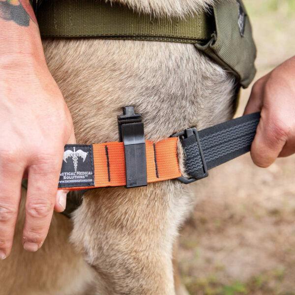 Tactical Medical Solutions K9 Tourniquet oranje