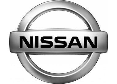 Uitlaatset Nissan