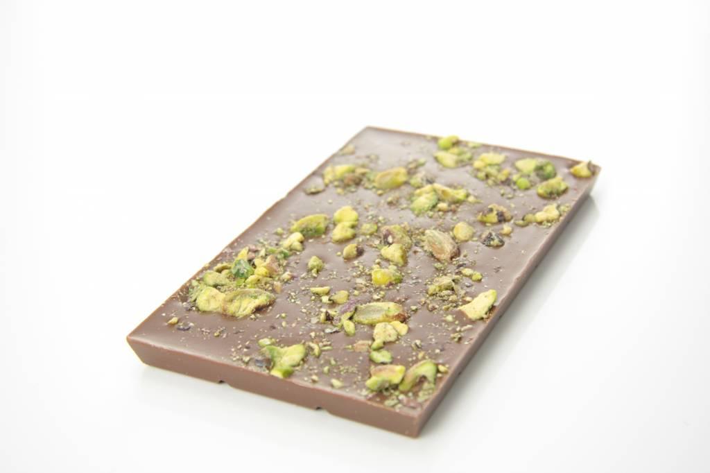 Tablet melkchocolade met pistache