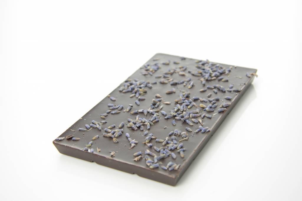 Tablet pure chocolade met lavendel