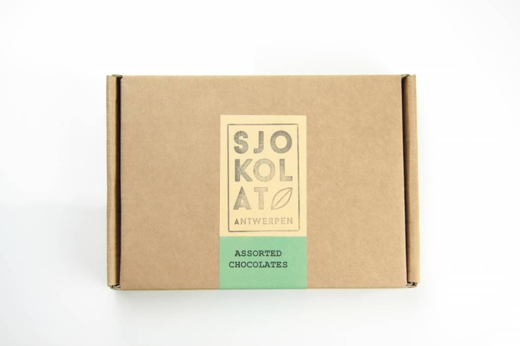 20 assorted chocolates in presentation box