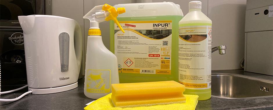 De oplossing voor een gladde vette (horeca) keukenvloer