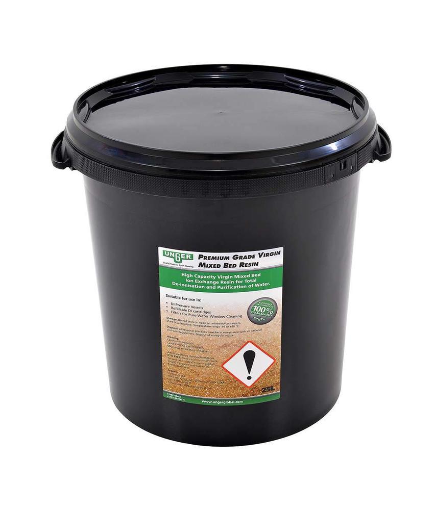 Unger HiFlo hars in een 25 liter emmer