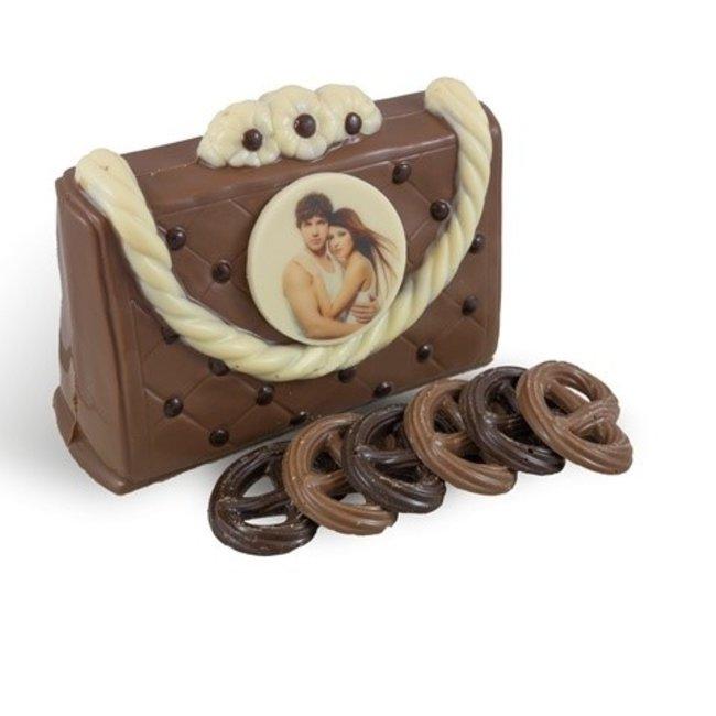 Chocolade handtas met foto rond en gevuld.
