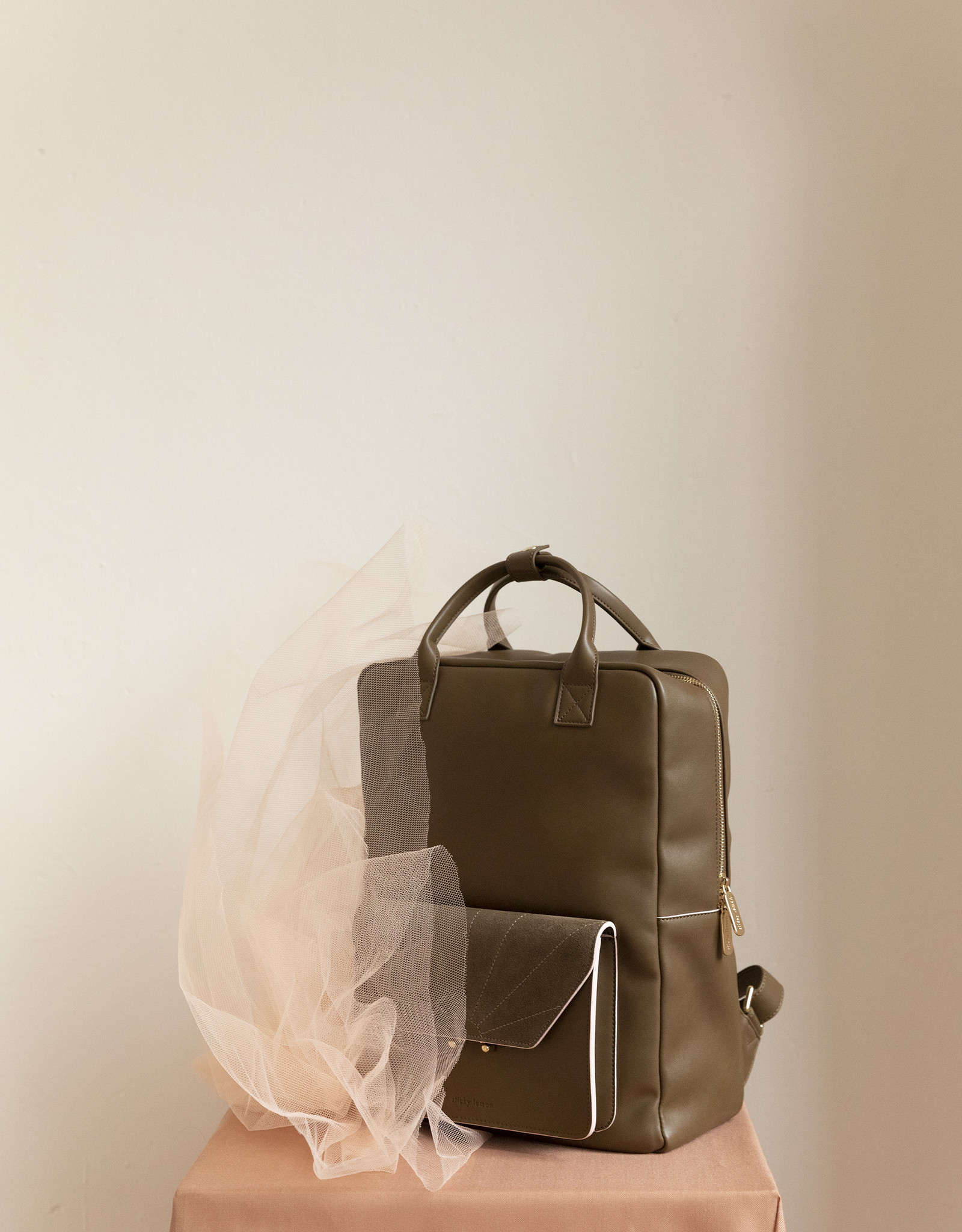Sticky Lemon The Sticky sis club backpack ton sur ton olive green