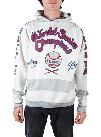 Tenues de Sport Vintage: Sweats à Capuche