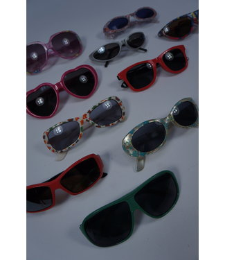 Vintage Accessories: Sunglasses Kids