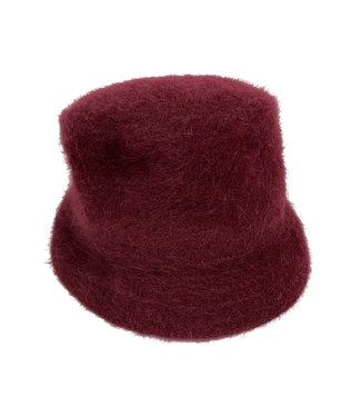 Vintage Hats: 90's Winter Hats