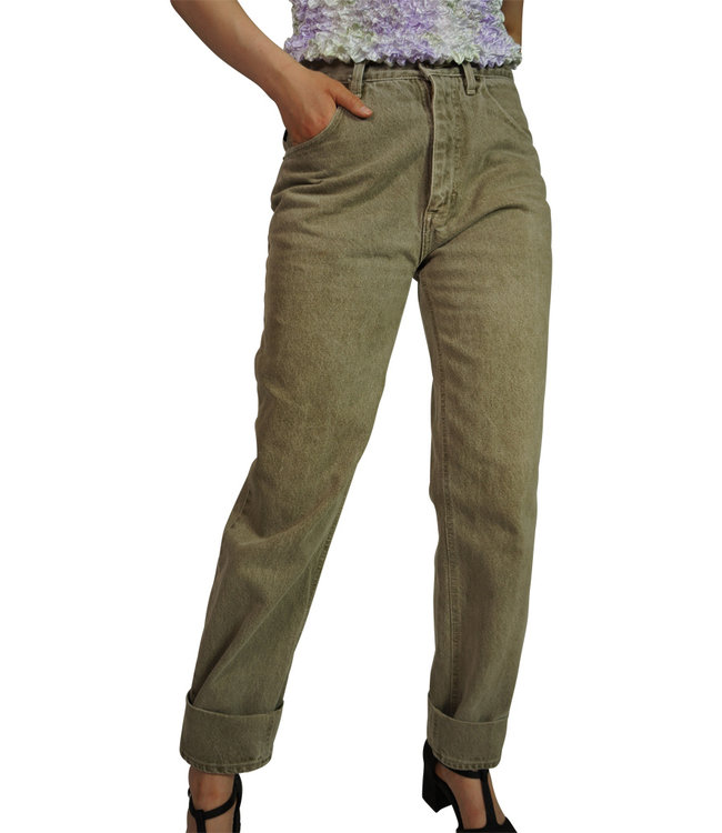 Vintage Pants: High Waisted Jeans