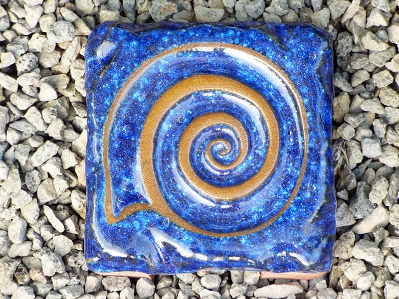 Motiv Pflasterstein Schnecke in kobalt, absolut frostfest