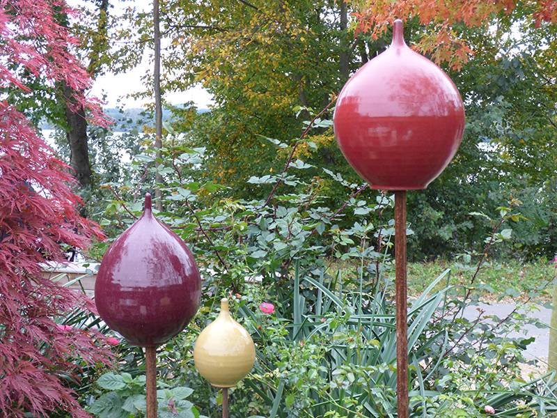 Keramik-Zwiebel rot