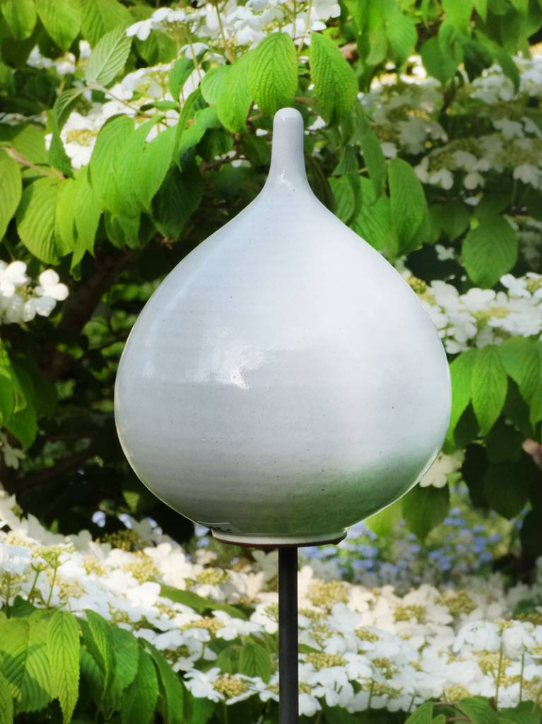 Keramik-Zwiebel weiß