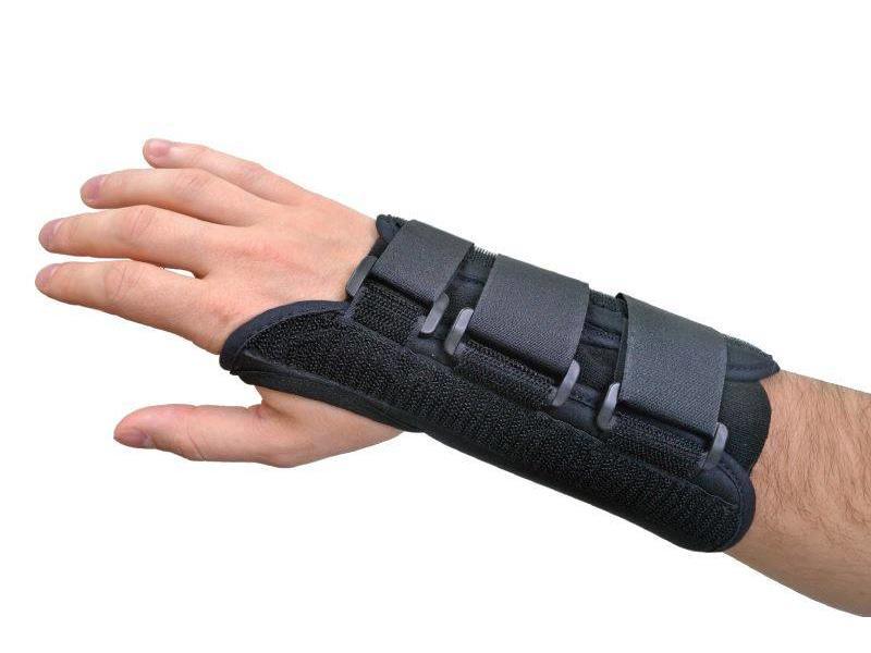 Attelle confort poignet noir