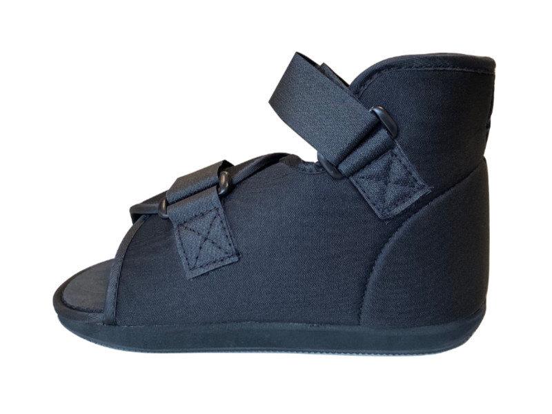 Cast shoe for kids