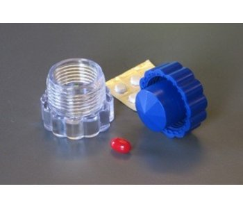 Compact pills smasher with storage