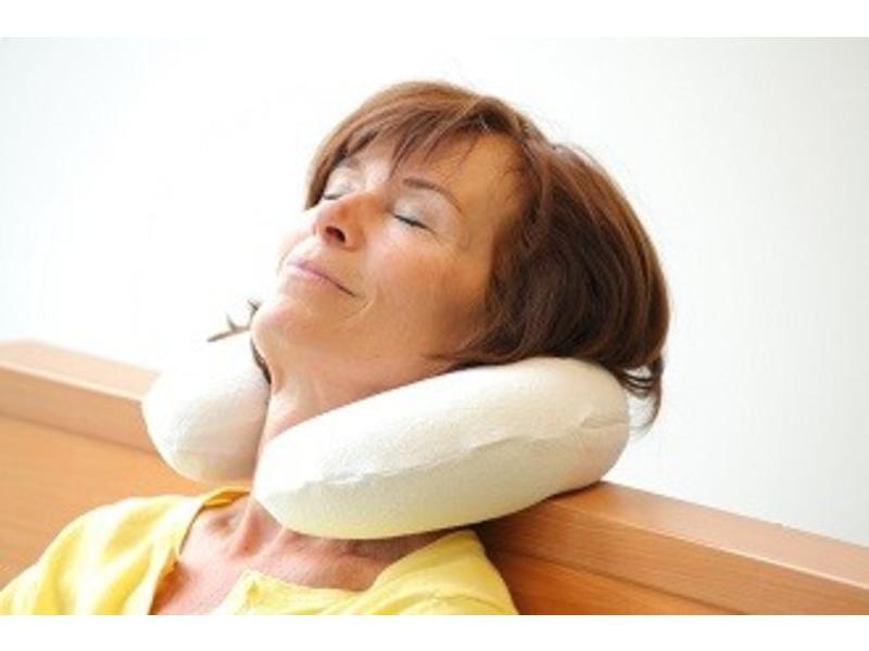 Visco-elastisch nekkussen