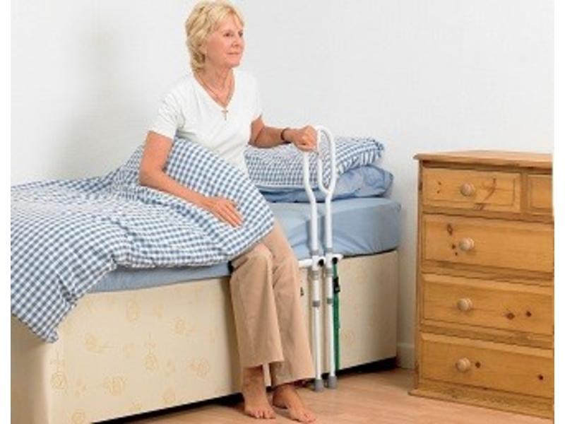 Bed transferbeugel met steun op de grond Bed Grab Rail