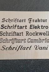 Benzin-Sturmfeuerzeug mit persönlichem Namen, Grafik,  Fotogravur