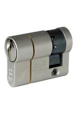 ISEO F6 Extra S SKG*** Cilinder 75 mm 35/40 wil u de cilinder gelijksluitend hebben of voorzien van knop ?