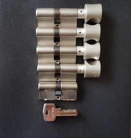 S2skg**s6 4 gelijksluitendeknopcilinders +1 normale cilinder  8 zaagsleutels