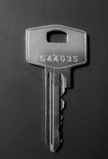S2skg**s6  Veiligwonenset 2 Knopcilinders en 3 normale cilinders 6 genummerd sleutels