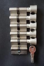 S2skg**F6 5 knopcilinders + 1 normale cilinder 6 keersleutels