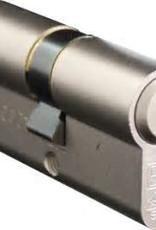 S2skg**F6  woningset 2 knopcilinders plus 1 normale cilinder  60 mm30/30 S2skg**F6  8 veilige keersleutels