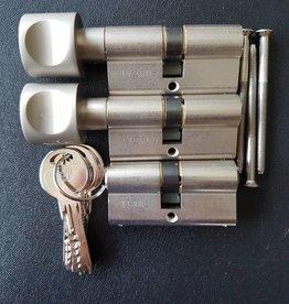 S2skg**F6 2 knopcilinder plus 1 normale cilinder 6 keersleutels