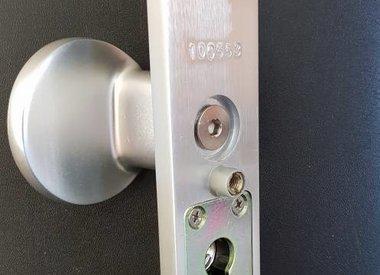 safe & secure skg***