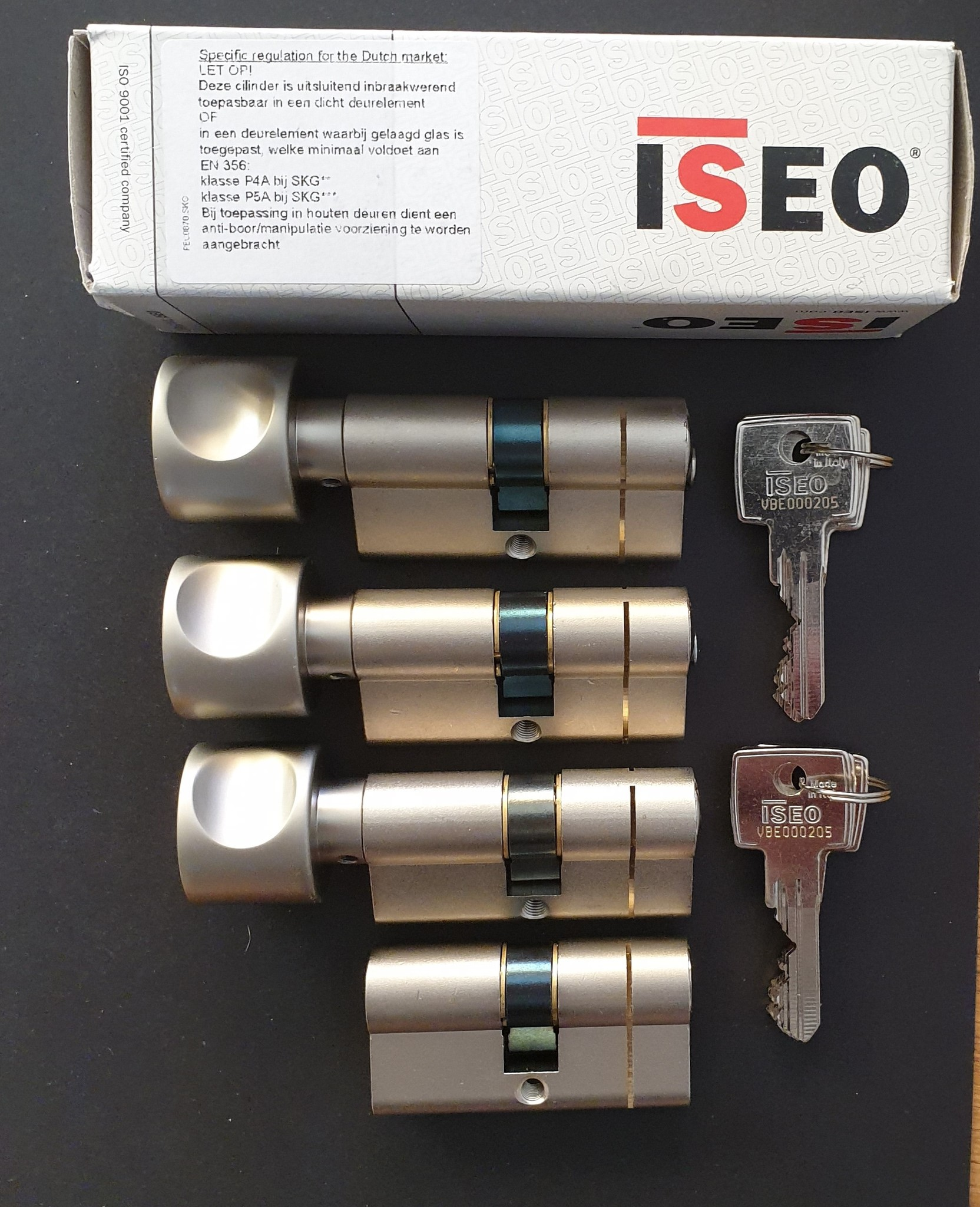 ISEO F6 Extra S SKG*** Cilinder 100 mm 45-55 wil u de cilinder gelijk sluitend hebben of voorzien van knop ?