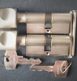 S2skg**s6 2 gelijk sluitende knopcilinders 60mm 30-30