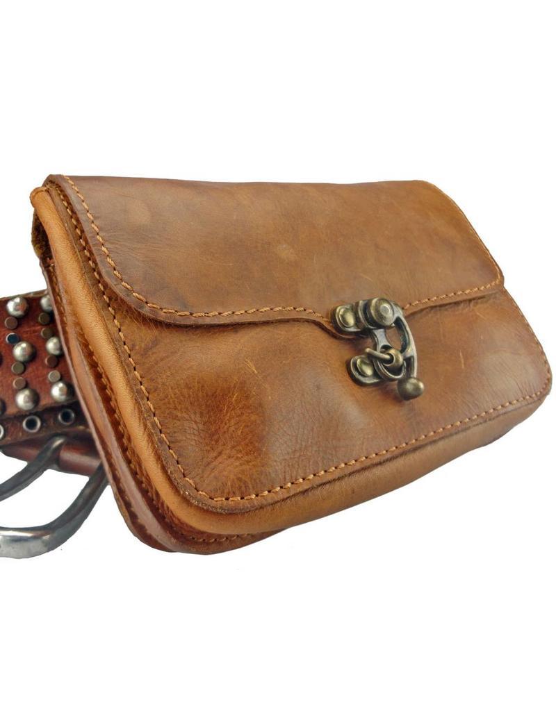 021bea8fe11 Lederen Riemtasje Festival Tasje Swing Clasp - Barneys Leather