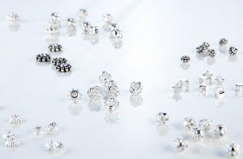 Silberteile mit Loch