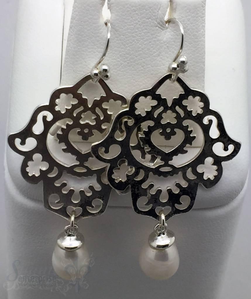 Ohrhänger Silber Tropfen Perle weiss Fatimahand duchbrochen 45x30 mm mit Bügel