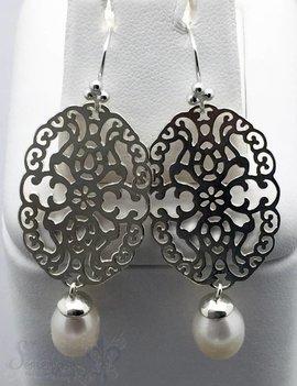 Ohrhänger Silber Tropfen Perle weiss Mandala oval duchbrochen 52 mm mit Bügel