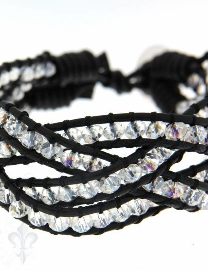 Leather Wrap Bracelet: white cristal Buttons gefl. 1 x Handgelenk
