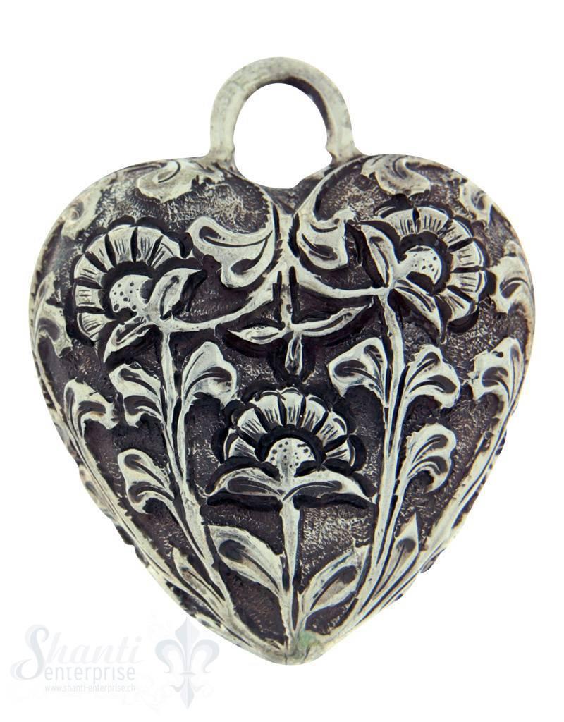 Silberherz bauchig antik mit Blumen 50x42mm Dicke: 20mm mit Öse