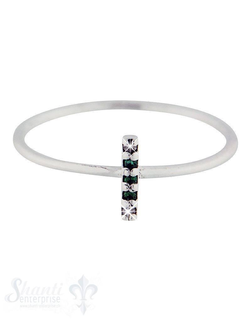 Silberring: mit 3 Spinell grün und 2 Zirkonia quer