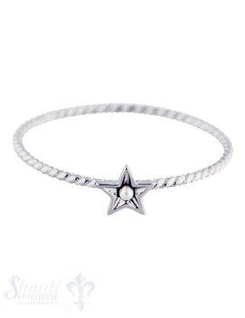 Silberring: fein gedreht mit Stern